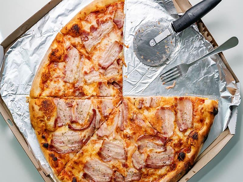 Bacon Cheese Pizza
