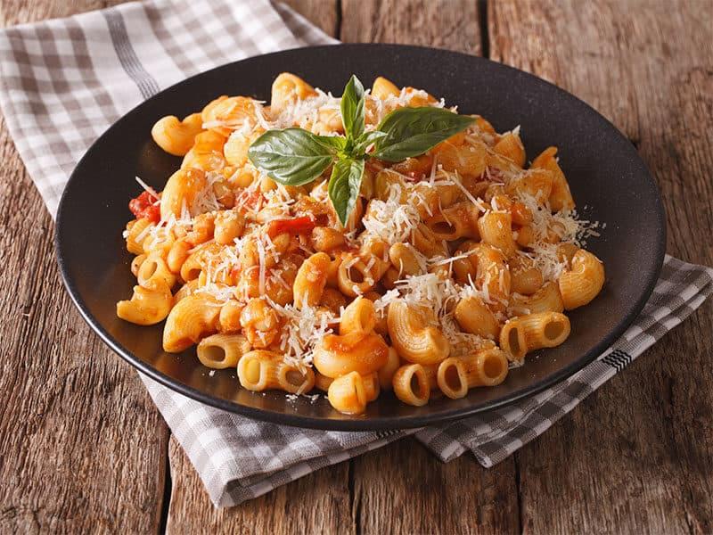 Gomiti Pasta Tomatoes Beans