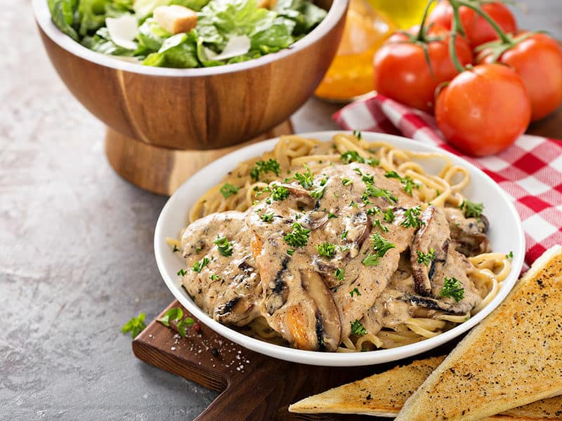 Noodle with Chicken Marsala