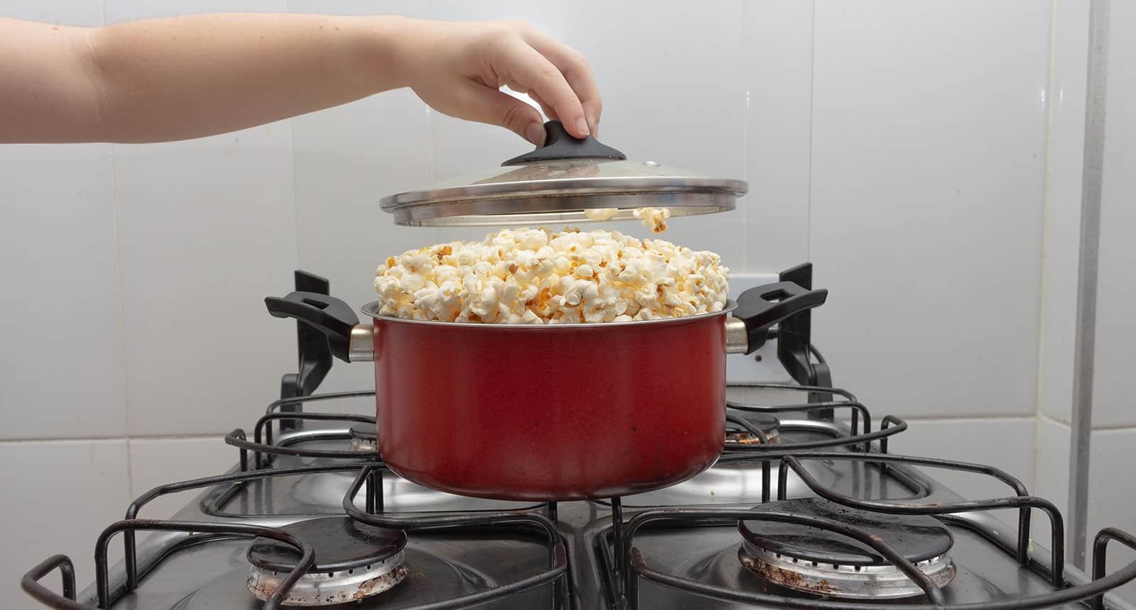 Pan Full Popcorn
