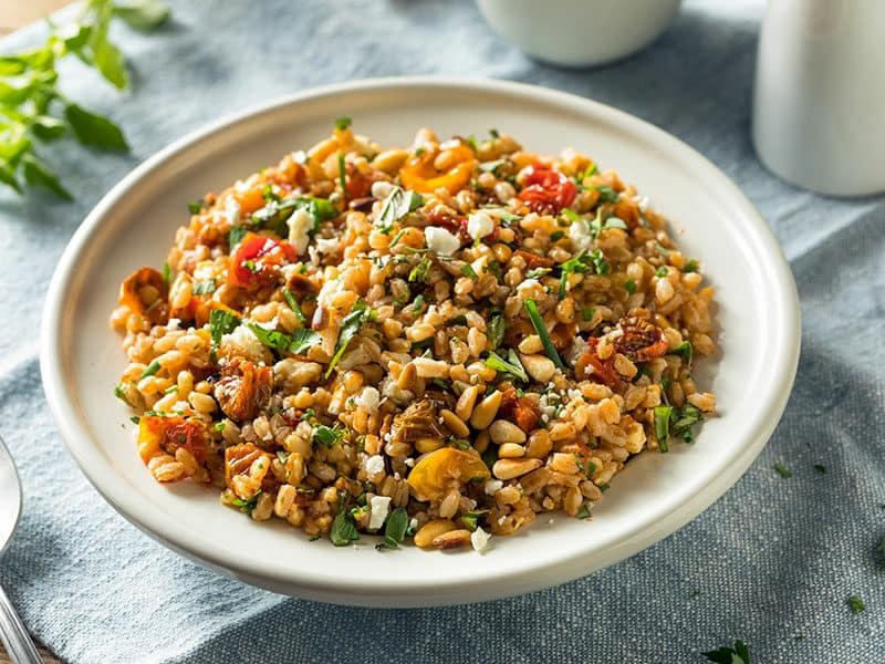 Healthy Farro Tomato Salad Herbs