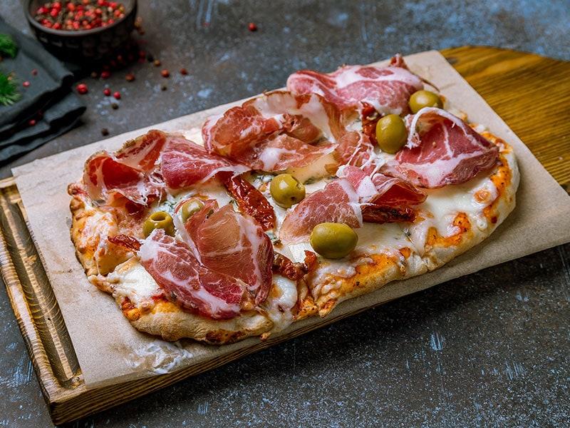 Pinsa With Prosciutto
