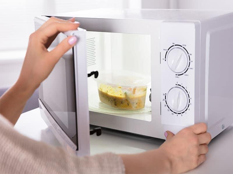 Preparing Food Microwave