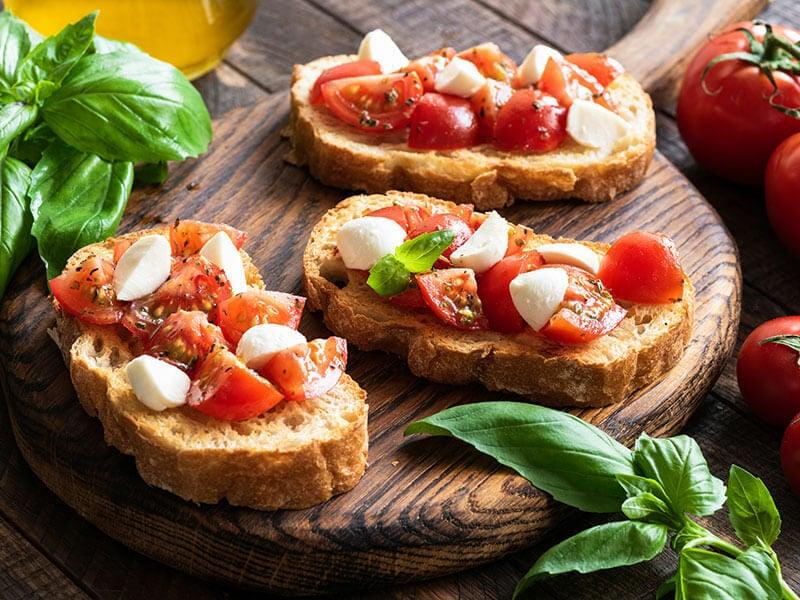 Bruschetta Tomato Basil