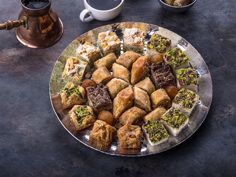 20+ Middle Eastern Desserts
