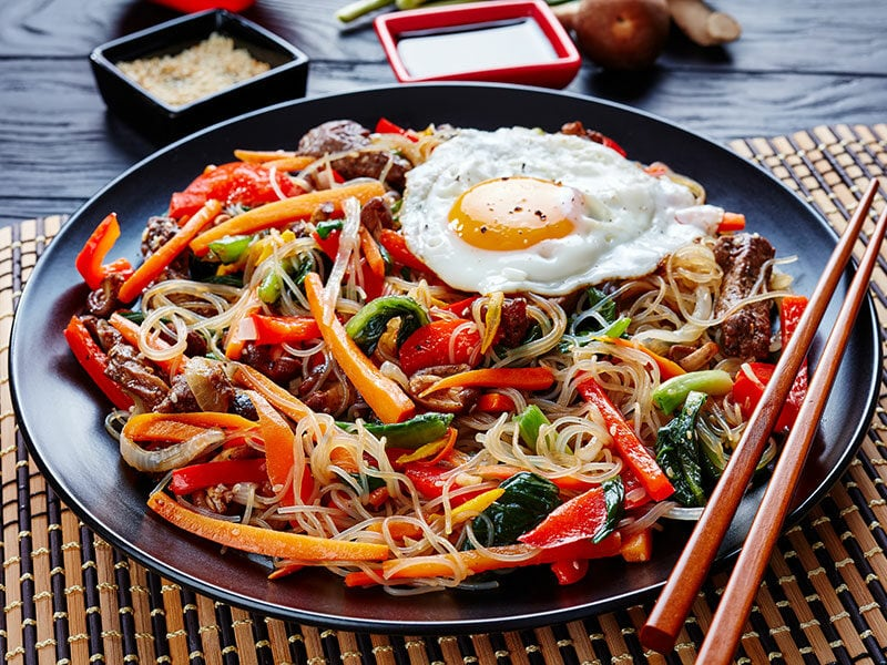 Noodles With Crunchy Vegetables