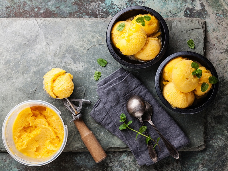 20 Authentic Thai Desserts