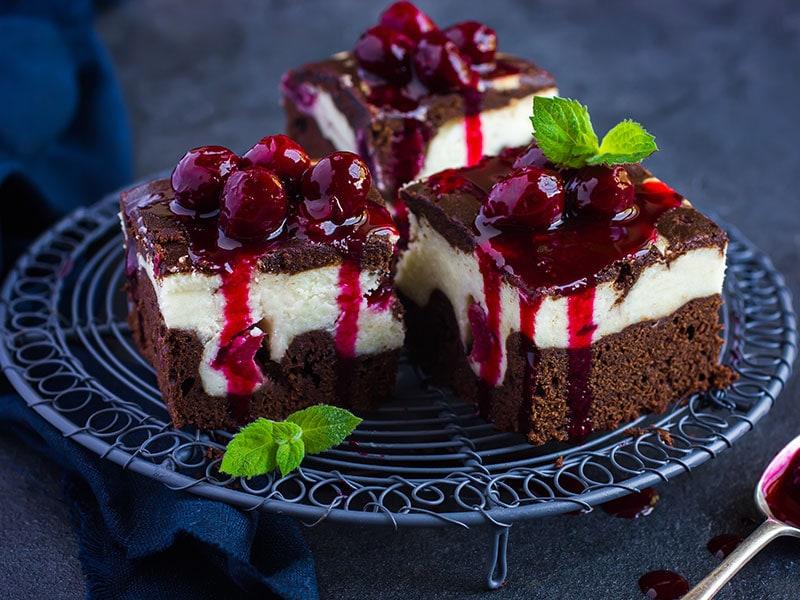 25 Easy Cherry Desserts