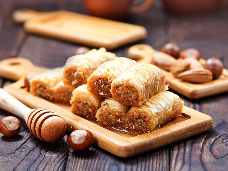 23 Popular Persian Desserts