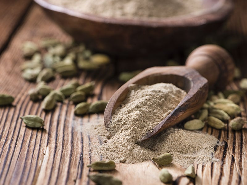 Portion Cardamon Powder